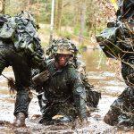 soldater på øvelse