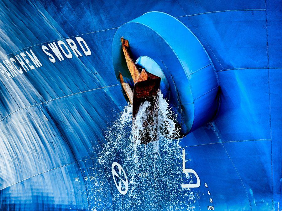 Projekt Havnens Lys af fotograf Brian Bjeldbak plalat med fairchem sword